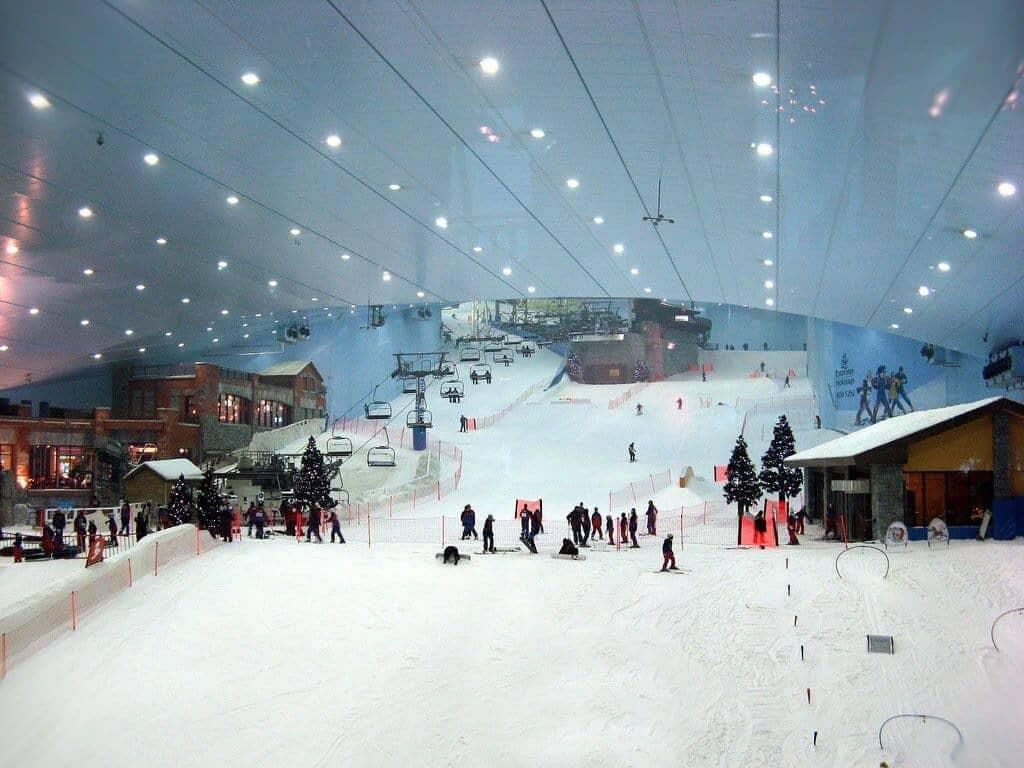 Ski Dubai, Dubai biggest indoor ski resort.